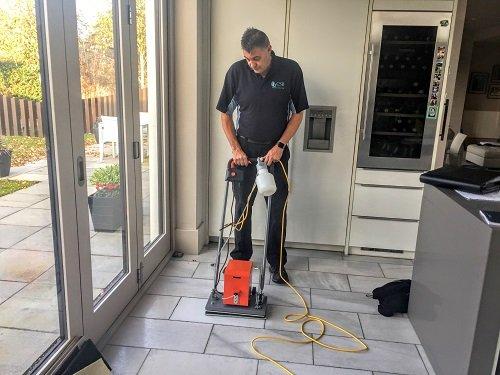 Kevin tile master demo machine